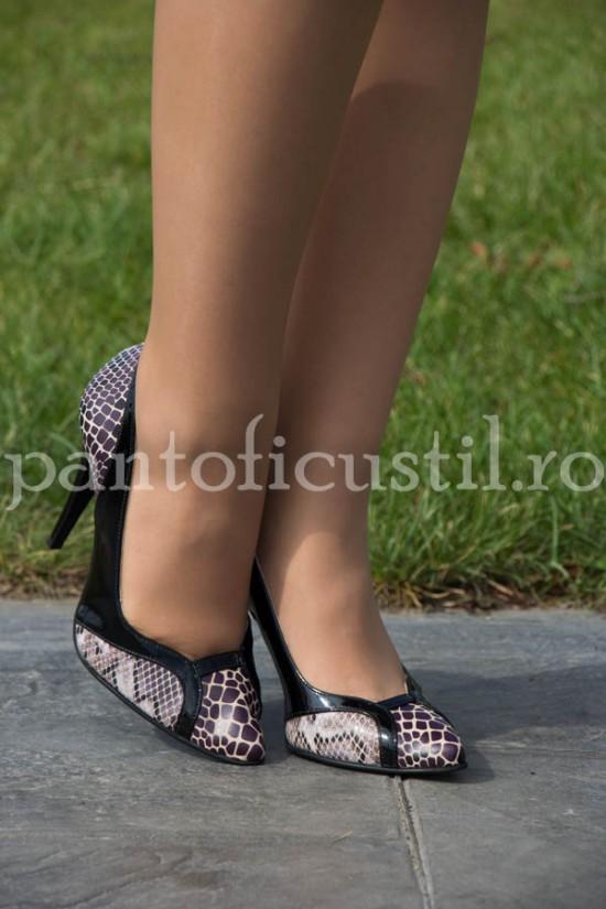 Pantofi stiletto  dama din piele naturala cu imprimeu sarpe