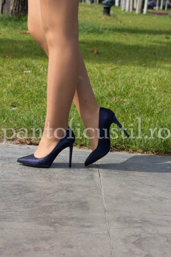 Pantofi stiletto dama din piele bleumarin texturata