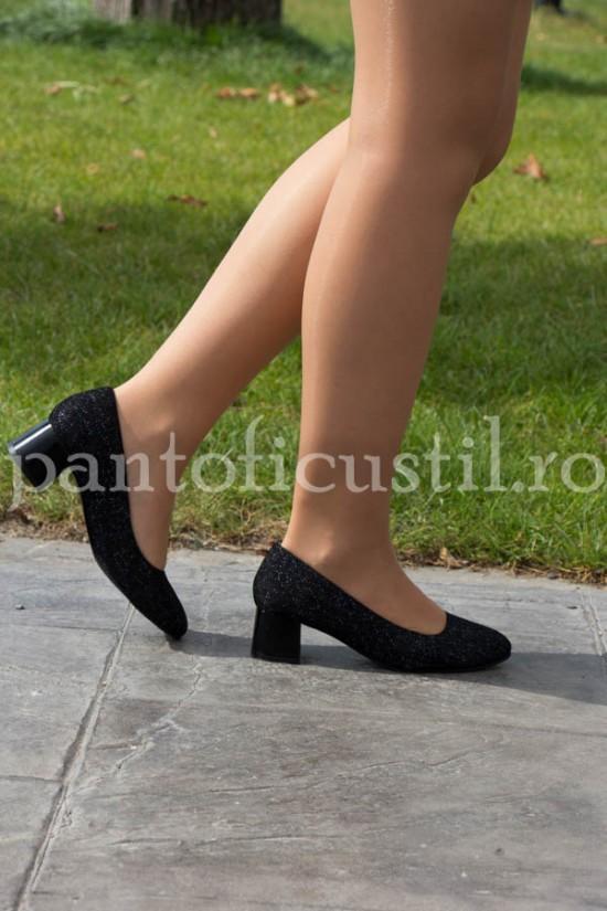 Pantofi comozi din piele imprimata neagra