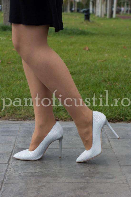 Pantofi stiletto din piele naturala alba