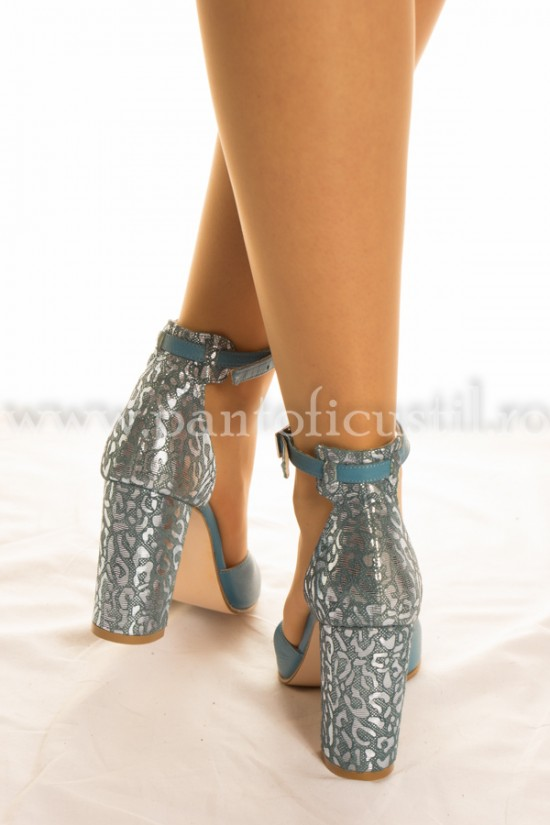 Sandale albastre din piele