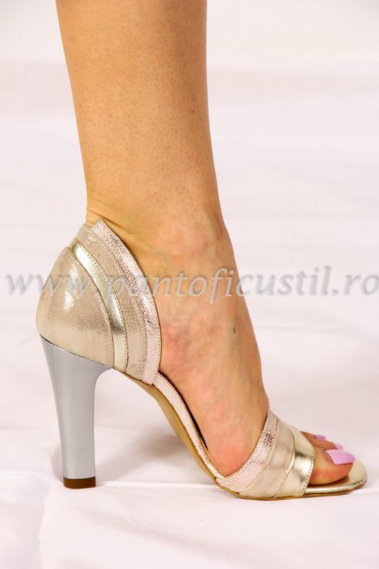 Sandale aurii cu toc inalt gri