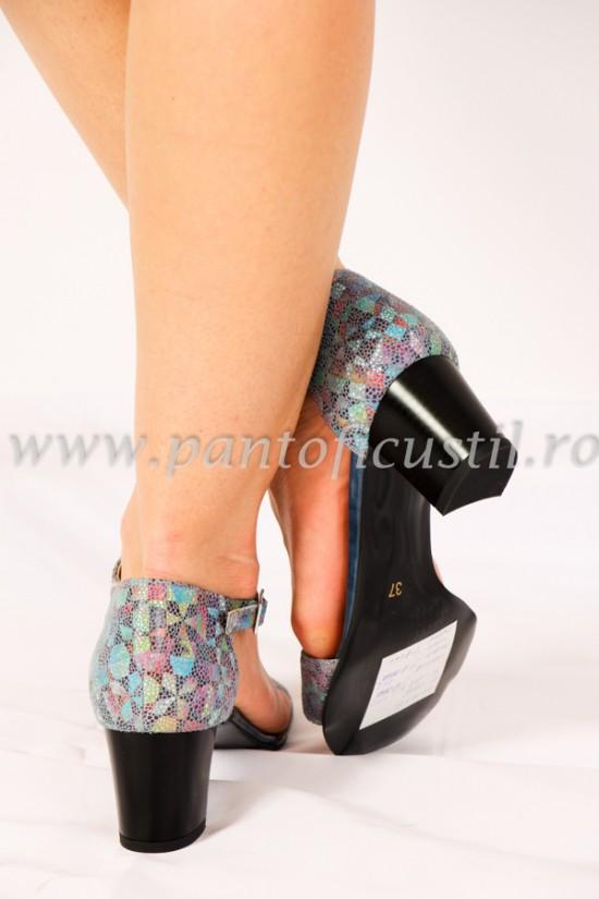 Sandale comode multicolore
