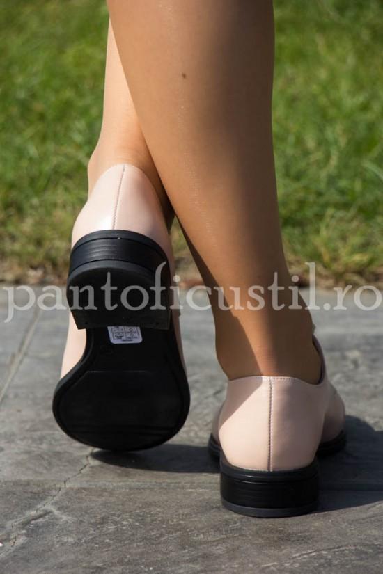 Pantofi dama Oxford din piele nude