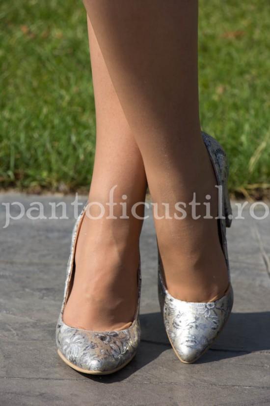 Pantofi de ocazie din piele aurie cu imprimeu floral
