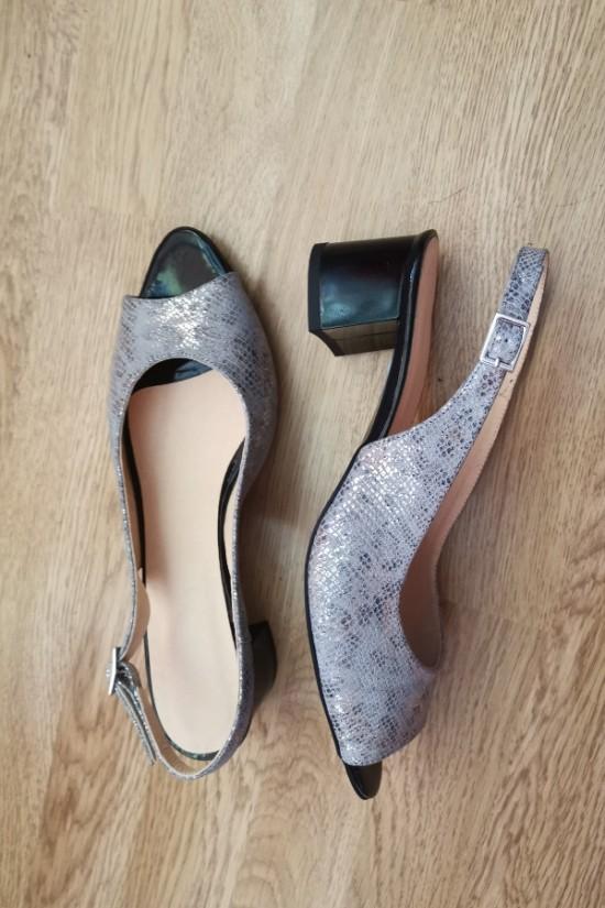 Sandale cu toc mic marimea 40 cu pret redus