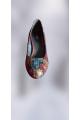 Pantofi din piele neagra cu imprimeu multicolor si toc de 5 cm cu pret redus