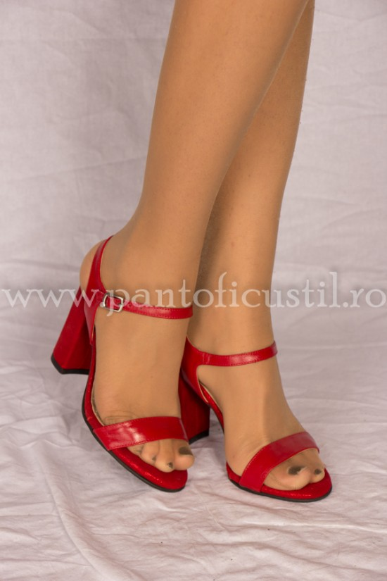 Sandale elegante din piele rosie cu toc gros