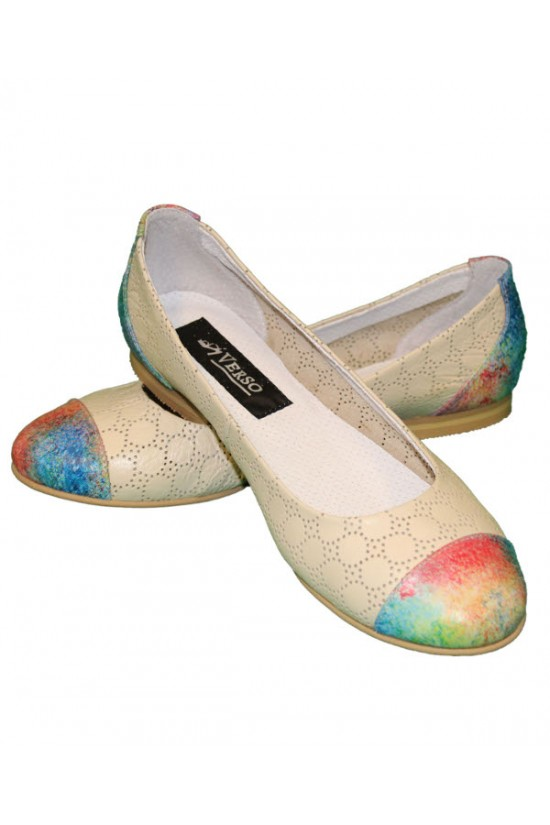 Balerini din piele perforata alba si print multicolor