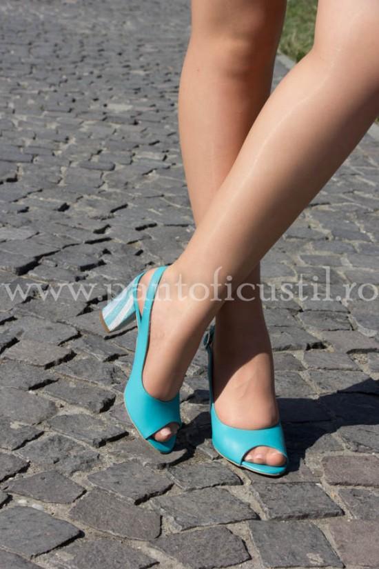 Sandale din piele turcoaz cu toc gros