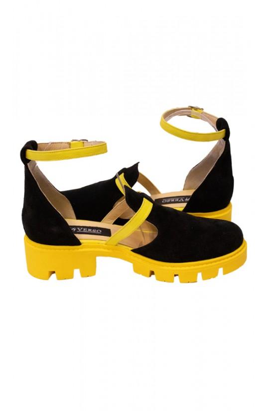 Sandale cu talpa groasa din piele intoarsa neagra-detaliu galben